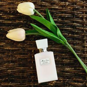 NEW! Miss Dior Moisturizing Body Milk